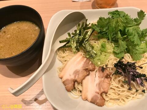 TOKYO豚骨BASE 信州産WASABIラー麦細つけ麺